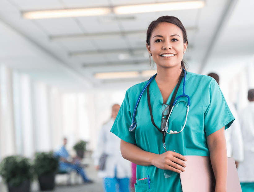 travel nurse supported with benefits from TNAA