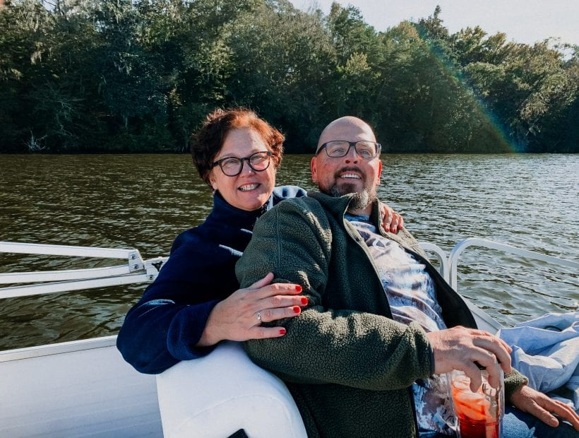 travel nursing as a couple